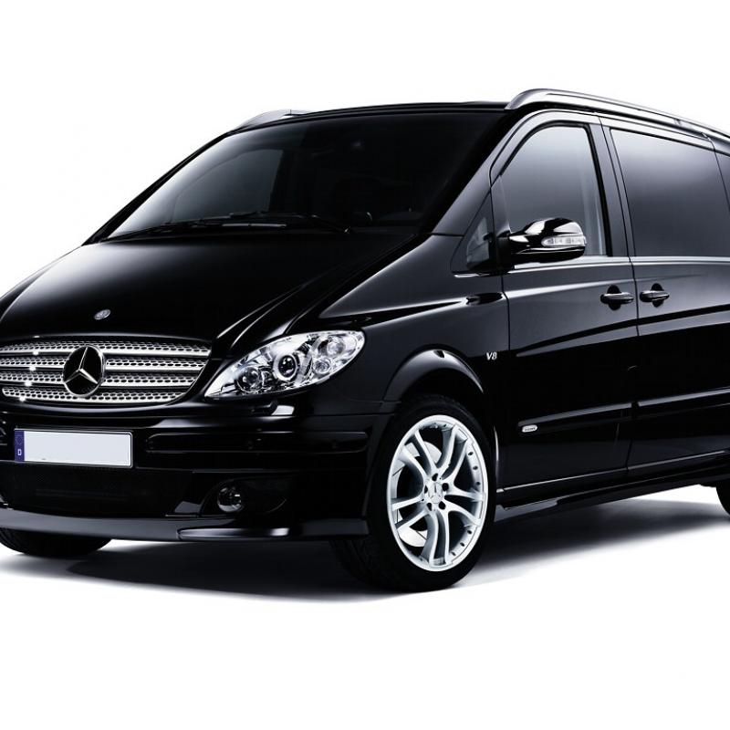 Mpv 7 seater 9 seater hire mpv car hire manchester for 7 seater mercedes benz